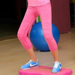Women Yoga Sports Suit Elastic Pants Force Exercise Tights Female Sports Elastic Fitness Clothing Running Trousers Slim Leggings